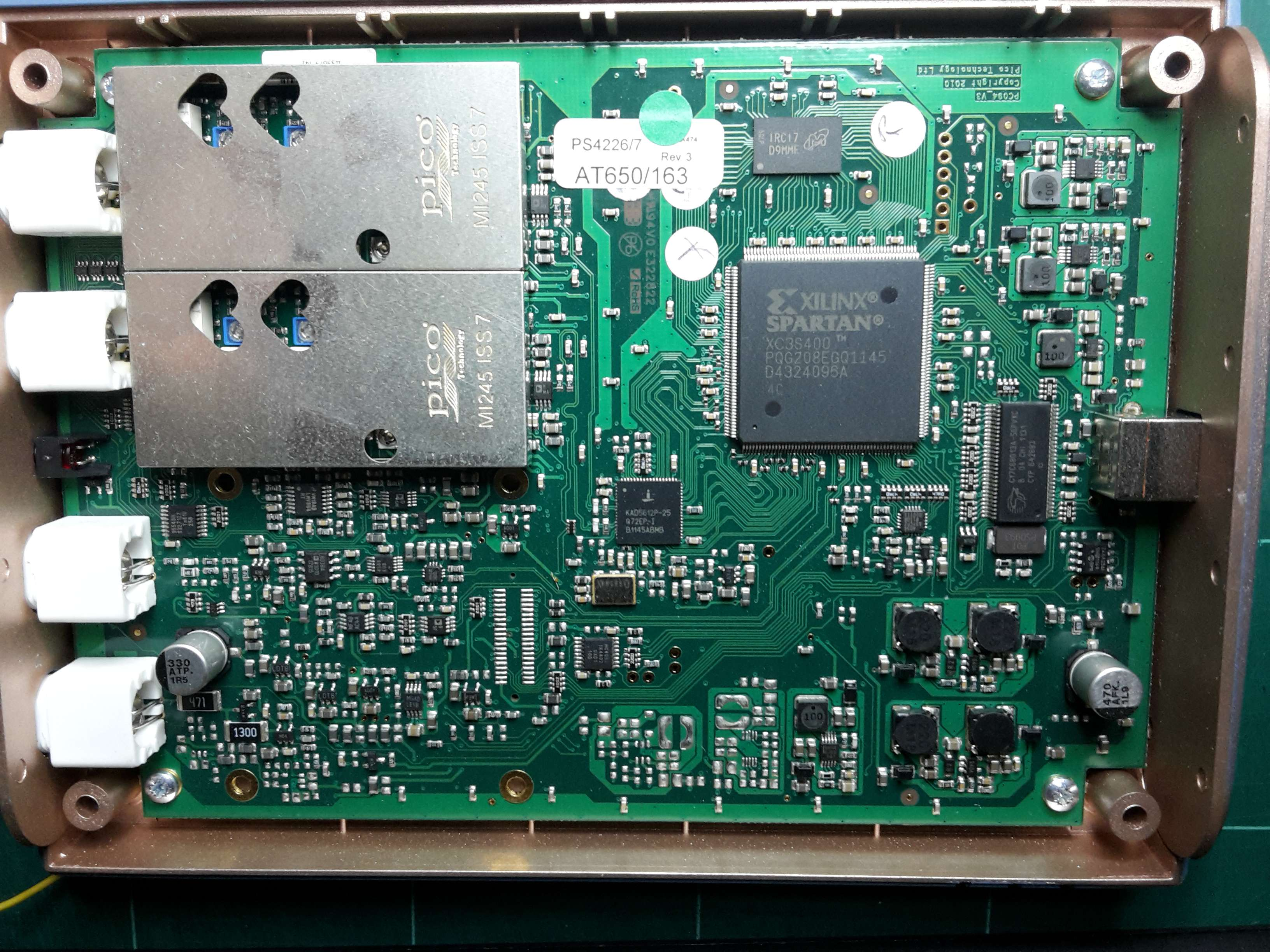 Contingut: PicoScope 4227 PCB. Source: Momex.cat
